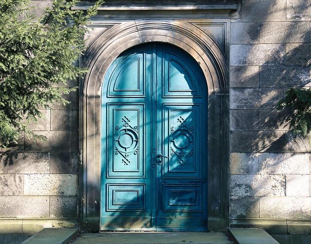 Rénovation de portes intérieures et extérieures